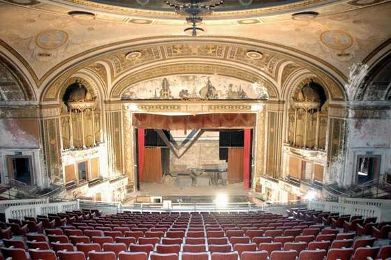 Bridgeport Ct Next Stage For City S Theaters Cinema