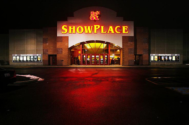 AMC Showplace Mattoon 10