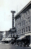 <p>Photos of the ORPHEUM's 1922 vertical sign are very rare.</p>