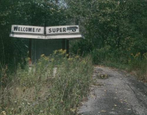 Super 18 Drive-In