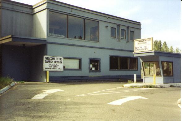 Boxoffice and entrance