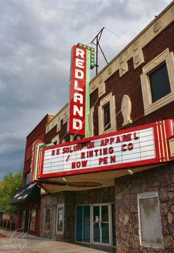 Redland Theater, Clinton, OK