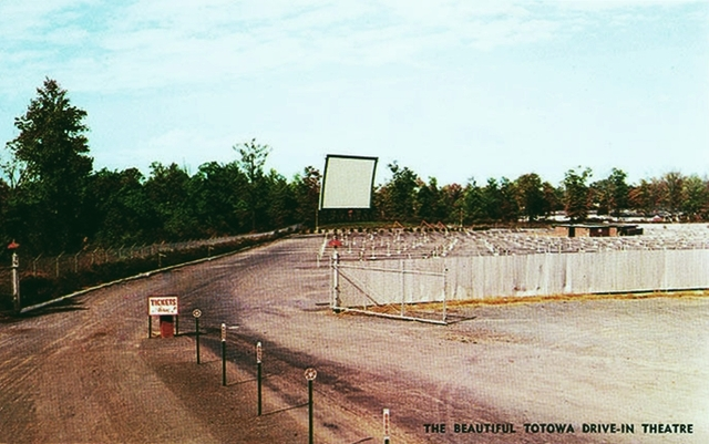 Totowa Drive-In