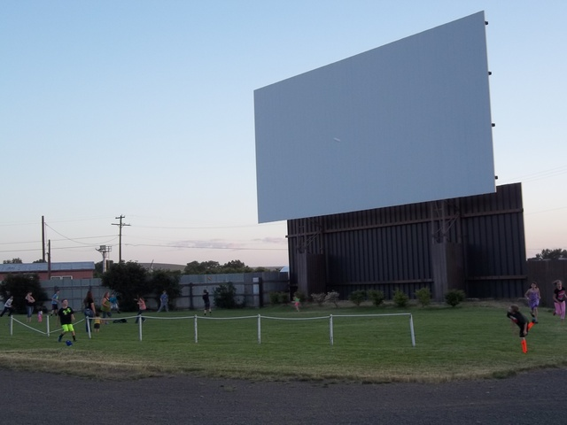 Milton freewater drive in theater