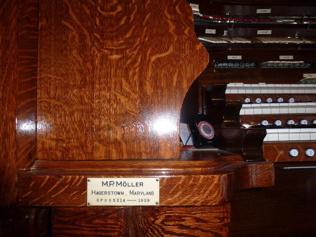 Moller Opus 5214