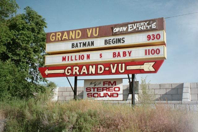 Grand-Vu Drive-In