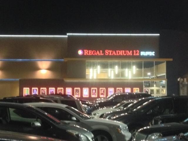 Regal Moorestown Mall Exterior (December 2013)