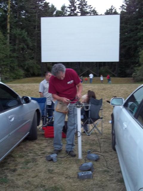 Wheel-In Motor Movie Drive-In