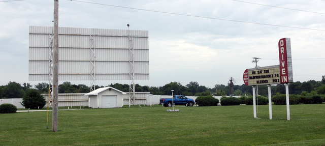 Sky View Drive-In, Litchfield, IL