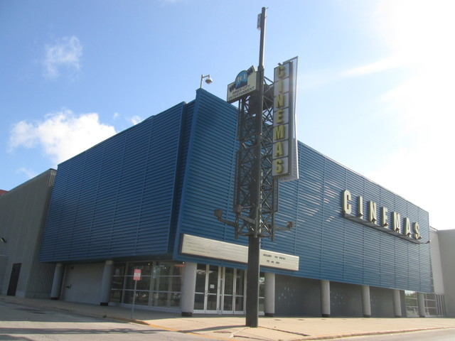 Cinemas Entertainment 10