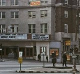 <p>the great race was the last movie, even though the building continued live entertainment later known as the overflow</p>