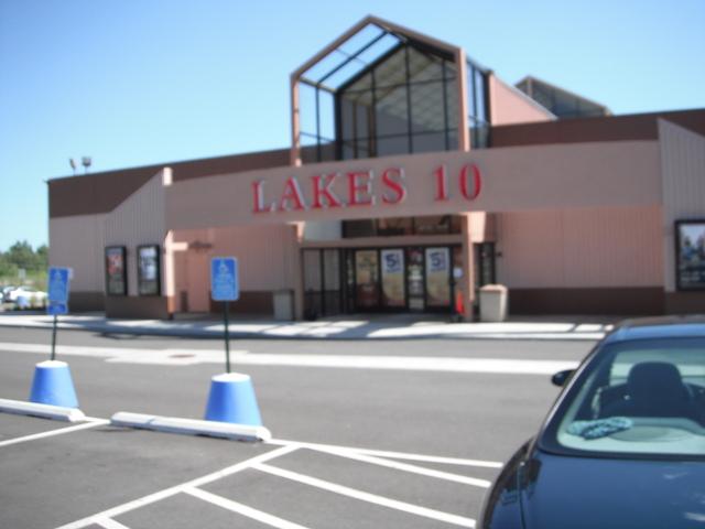 Lakes 10 exterior