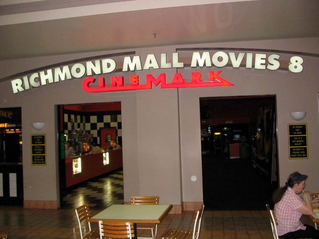 Richmond Mall Movies 8