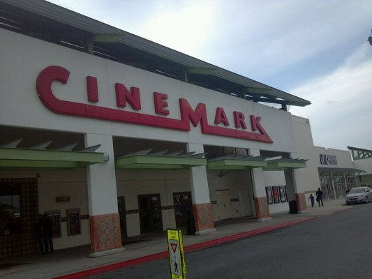 Cinemark McCreless Market