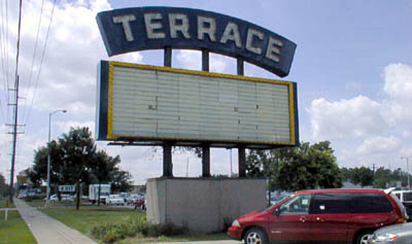 Terrace theatre in livonia mi cinema treasures for Terrace theater movies