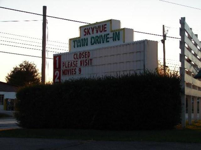 Sky Vue Twin Drive-In