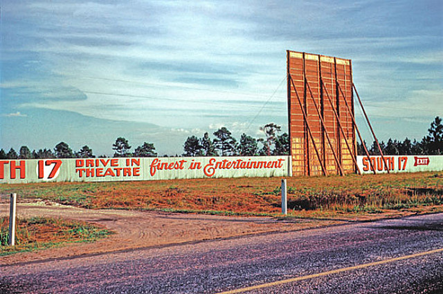 South 17 Drive-In