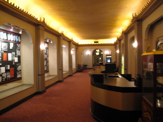 Chicago Theatre - Basement Lobby
