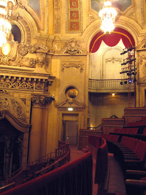 Chicago Theatre - Auditorium Detail