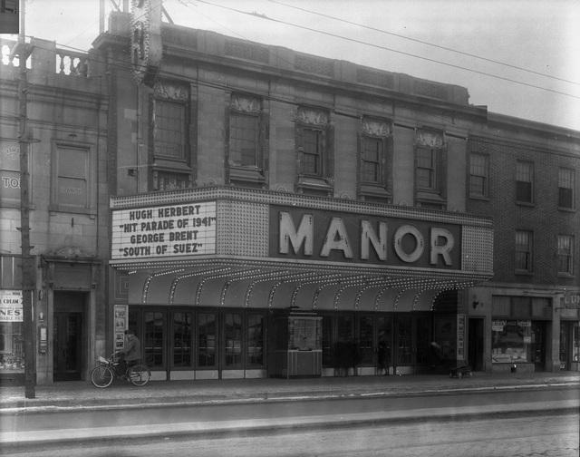 MANOR Theatre; Chicago, Illinois.