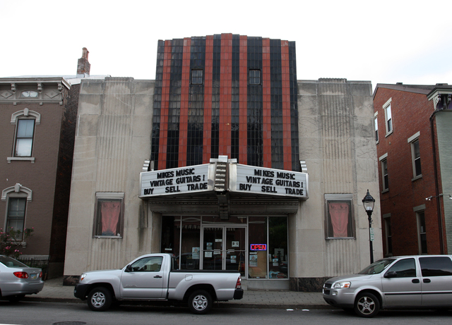 Family Theater, Covington, KY