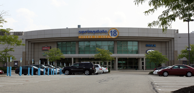 Cinema de Lux Springdale 18, Springdale, OH
