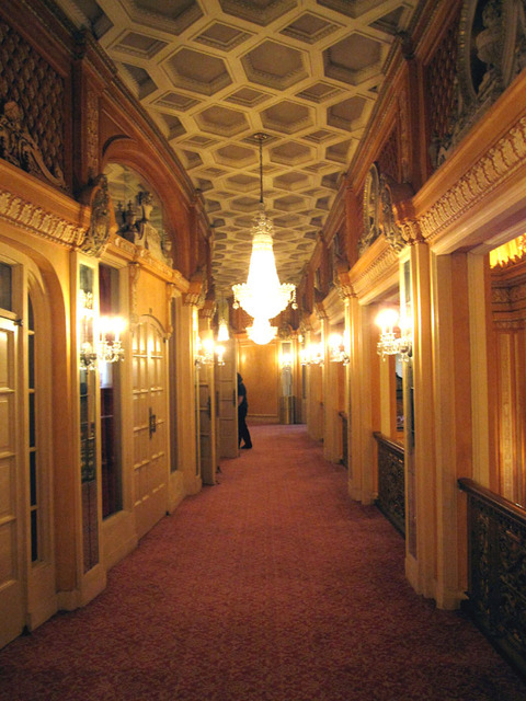 Chicago Theatre - Loge at foyer level