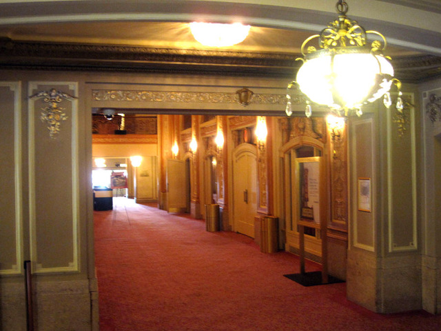 Chicago Theatre - Main level inner foyer