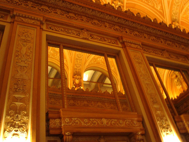 Chicago Theatre - Main Foyer