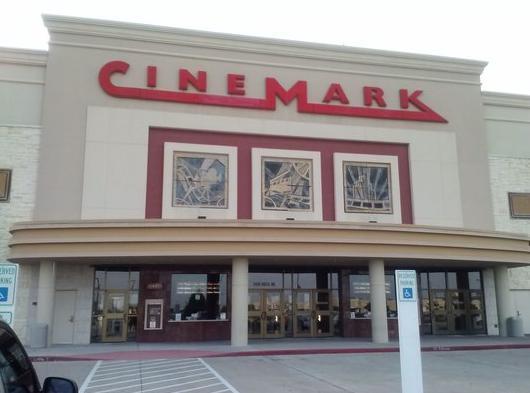 Cinemark Rosenberg 12
