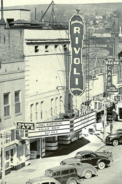 RIVOLI (CENTRE) Theatre; Pendleton, Oregon.