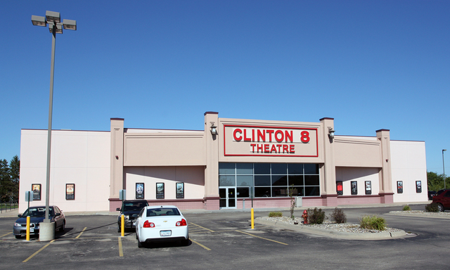 CEC Clinton 8 Theatre, Clinton, Iowa
