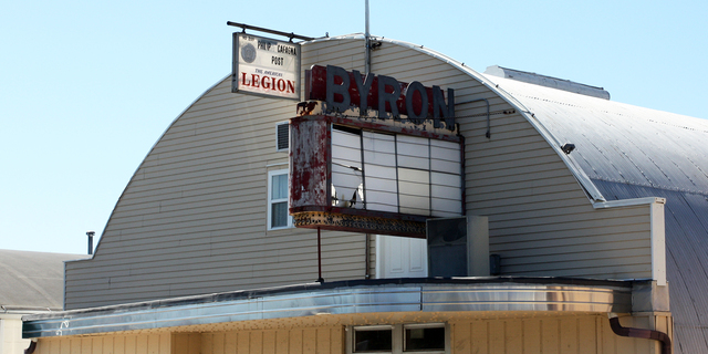 Byron Theater, Byron, Illinois