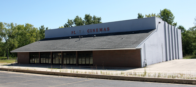 Plaza Cinemas 4, Dixon, Illinois
