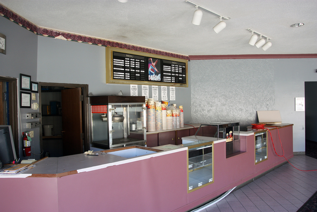 Plaza Cinemas 4, Dixon, Illinois - concession stand