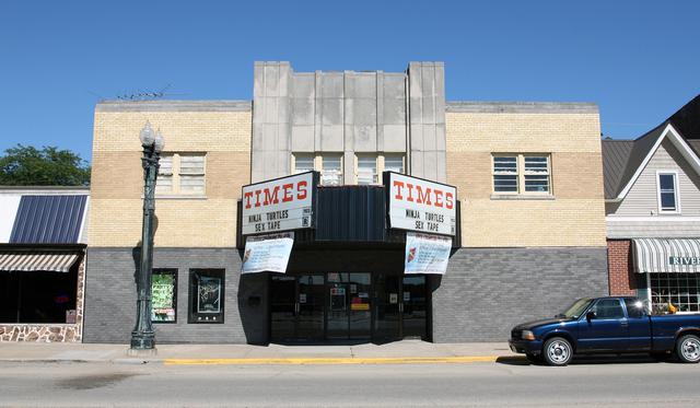 Times Twin Theater, Savanna, Illinois