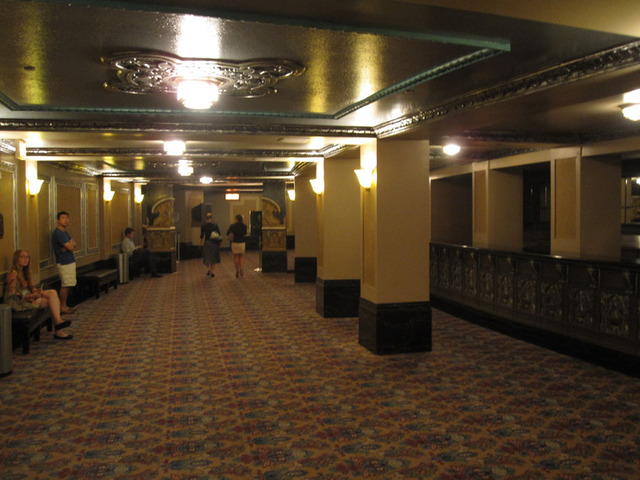 Oriental Theatre - Basement Lounge