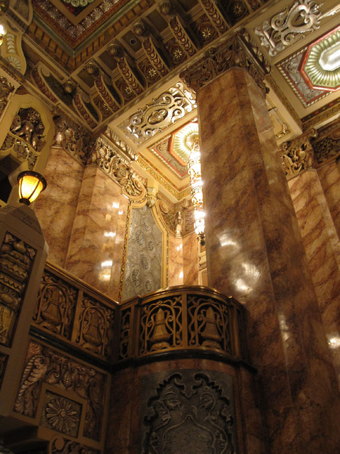Oriental Theatre - Detail of main lobby