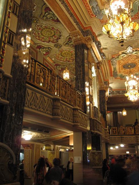 Oriental Theatre - Main Foyer