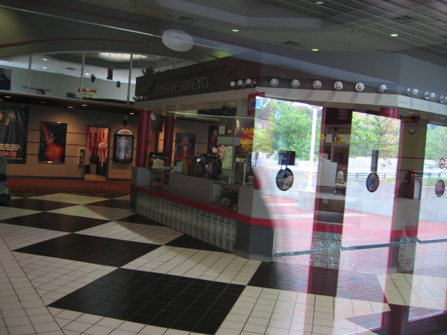 AMC Bay Terrace 6