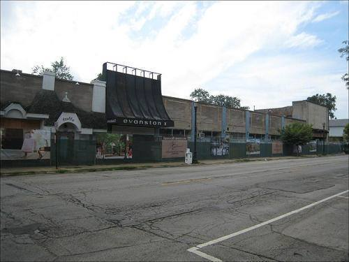 Evanston I Theater photo courtesy of the Evanston Back In The Day Facebook page.