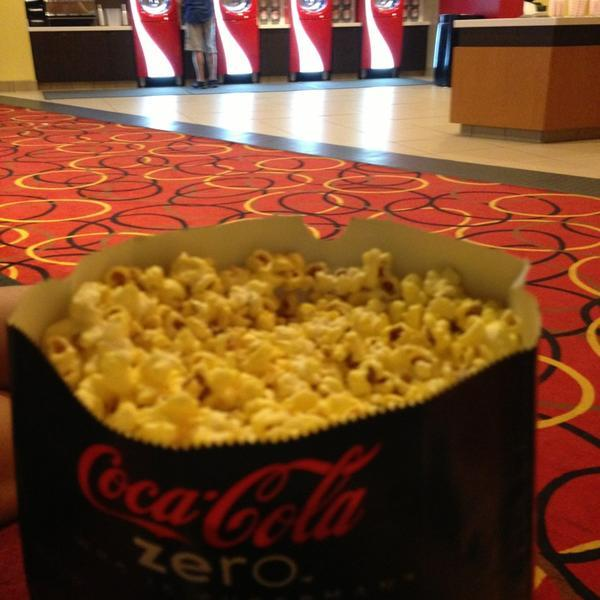 AMC Phipps Plaza 14