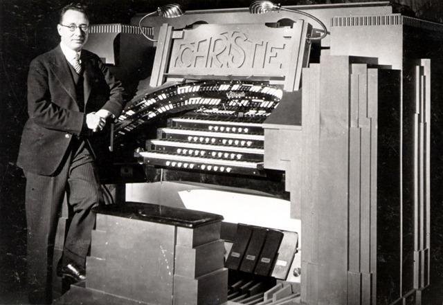 Edward o Henry at the 2nd capitol organ
