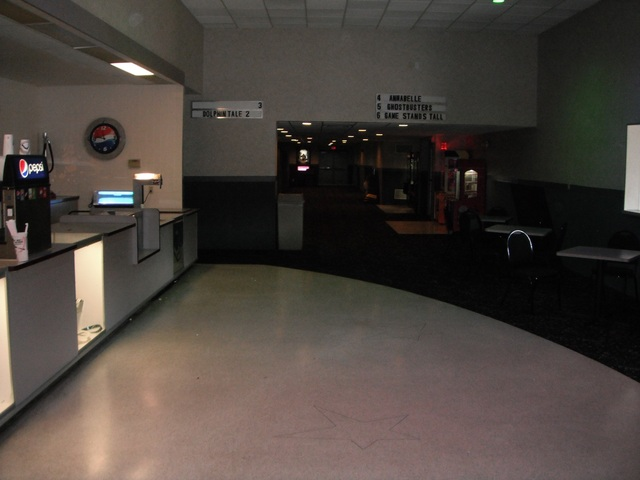 Lobby entrance to theaters 3-6