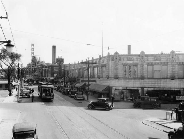 Portage Theatre 1925, courtesy of Bob Eder.