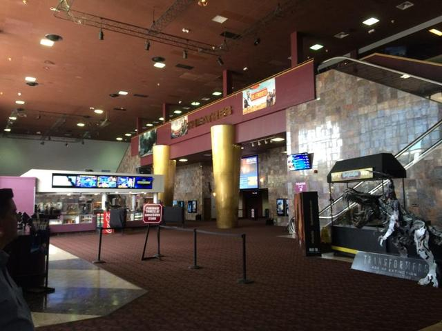 Starplex Luxury Cinemas at Ridgefield Park 12