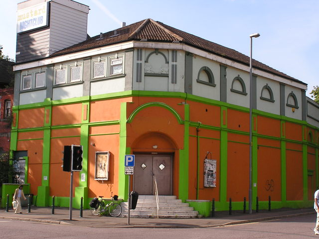 The Alexandra / Theatre One in August 2004