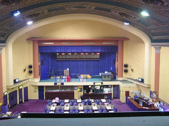 The Kingsway/Essoldo inside in August 2004