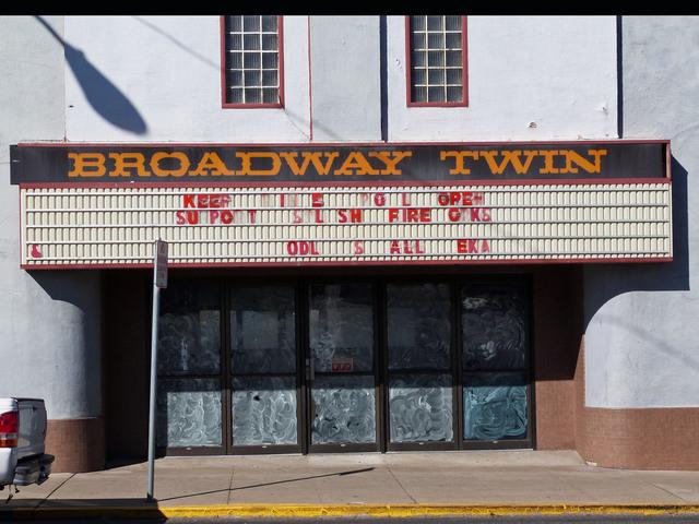Broadway Twin Theatre Yreka