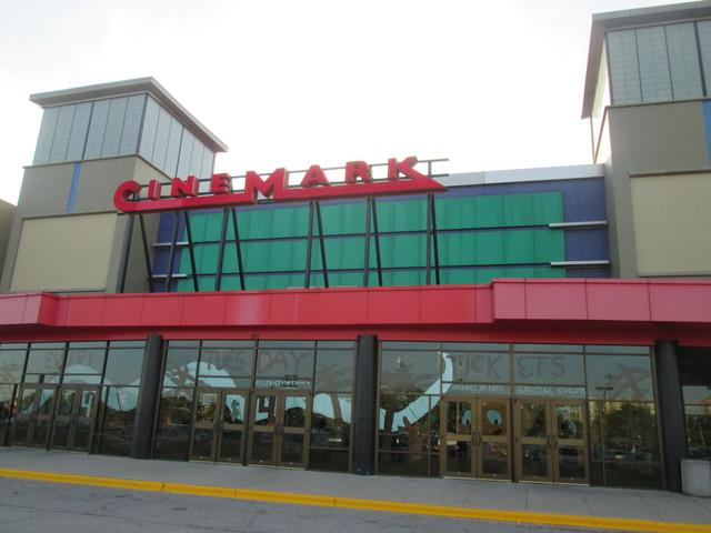 Cinemark Melrose Park
